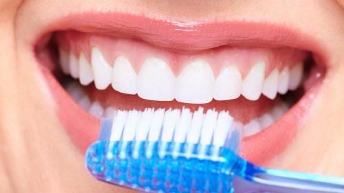 اهمیت مراقبت از دندانها در بیماران دیابتی