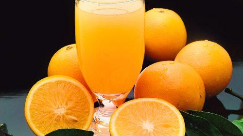 مصرف آب میوه ی100 درصد خالص سطح قند خون را تغییر نمی دهد